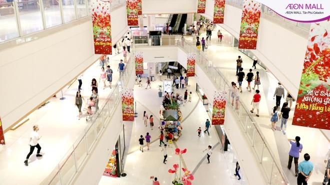 Loat hoat dong hap dan mua tuu truong tai AEON Mall Tan Phu Celadon hinh anh 5