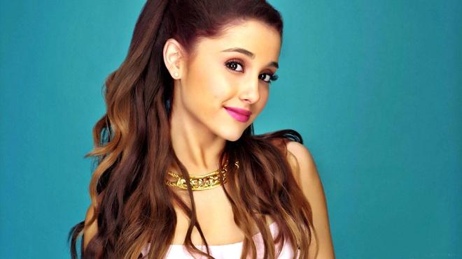 Cover phong cach Ariana Grande, nhan xe may Yamaha hinh anh