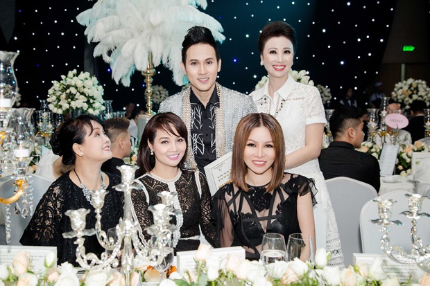 Hoa hau Bui Thi Ha hoi ngo Nguyen Vu tai da hoi 'Dau an vang son' hinh anh 3