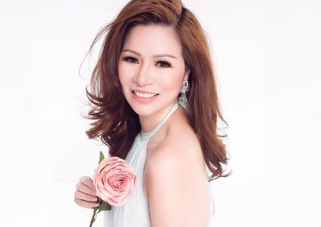 Hoa hau Bui Thi Ha lam giam khao dem chung ket 'Ms Universe Business' hinh anh