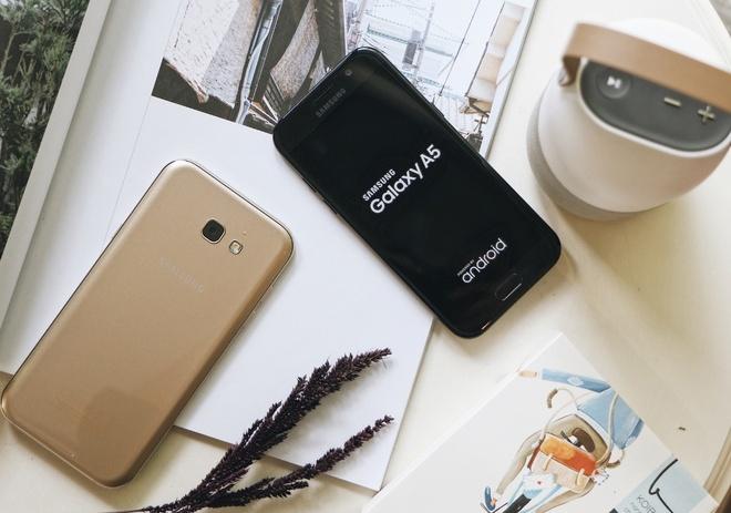 Mua Galaxy A5 2017 trung xe Vespa GTS tai FPT Shop hinh anh