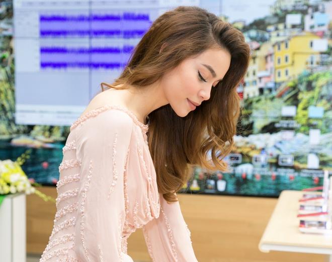 Ho Ngoc Ha khoe ve dam tham trong vay sequin hong pastel hinh anh