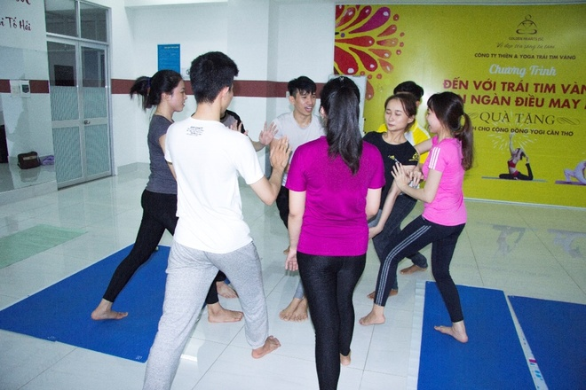 Ngay hoi 'Yoga va suc khoe cong dong' lan dau duoc to chuc tai Can Tho hinh anh 3
