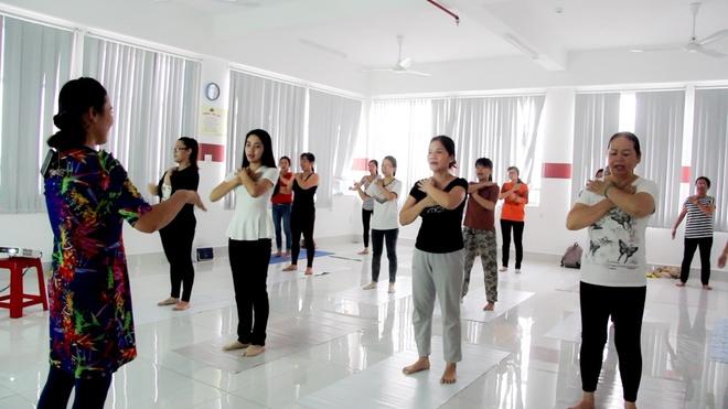Ngay hoi 'Yoga va suc khoe cong dong' lan dau duoc to chuc tai Can Tho hinh anh 5