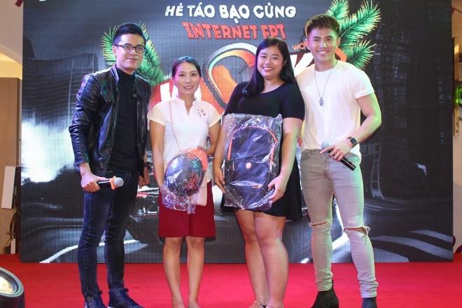 Will 365, Trinh Thang Binh hao hung cung fan trai nghiem dua xe toc do hinh anh 3