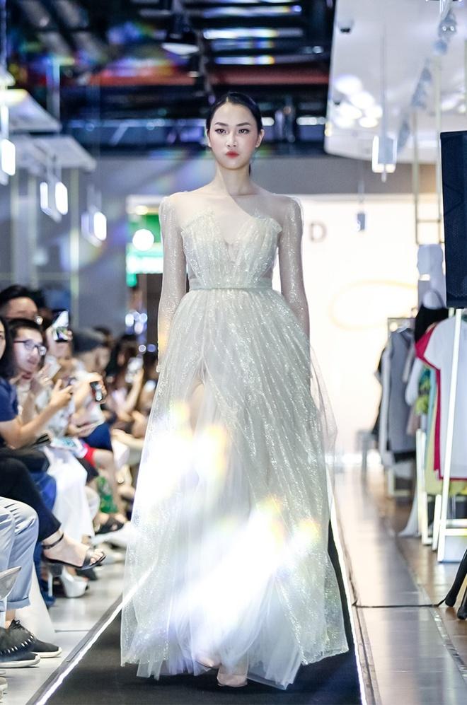 'Liec' fashion show - ban hoa ca cua mau sac va am thanh hinh anh 6