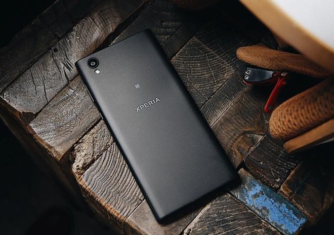 Mua Sony Xperia L1 Dual nhan tai nghe hang hieu tai FPT Shop hinh anh