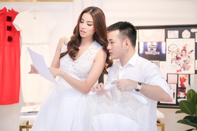 Dan my nhan va NTK Viet chuan bi gi cho 'Dau truong phong cach'? hinh anh