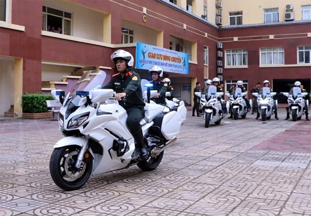 Bo Cong an trang bi them 35 moto 1.300 phan khoi hinh anh