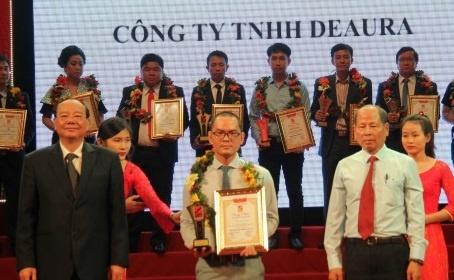 DeAura Viet Nam dat chung nhan top 10 san pham chat luong cao hinh anh