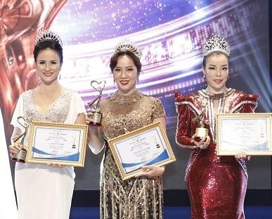 Ton vinh top 10 nu doanh nhan sac - tam - tai 2017 hinh anh