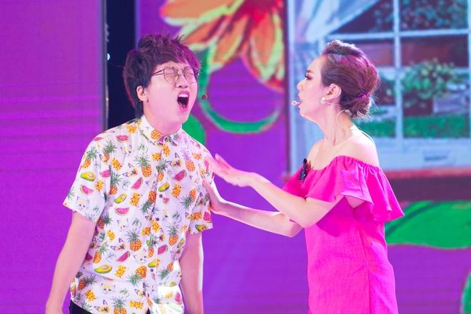 Thu Trang, Hoai Linh canh tranh ngoi vi 'Guong mat hang hieu' hinh anh 1