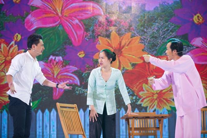Thu Trang, Hoai Linh canh tranh ngoi vi 'Guong mat hang hieu' hinh anh 2