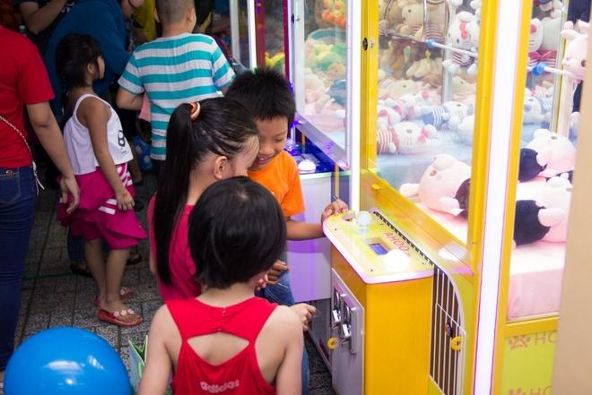 Orange House va Ahoo mang Trung thu am ap cho tre em ngheo quan 1 hinh anh 7