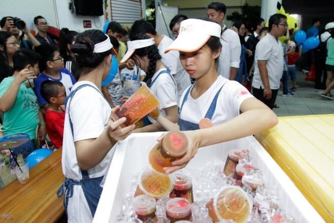 Orange House va Ahoo mang Trung thu am ap cho tre em ngheo quan 1 hinh anh 10