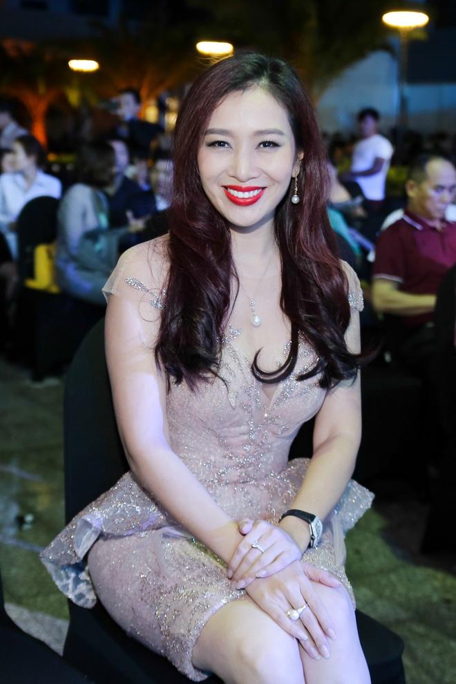Huong Giang va Thu Huong so net dep nen na tai su kien hinh anh 5