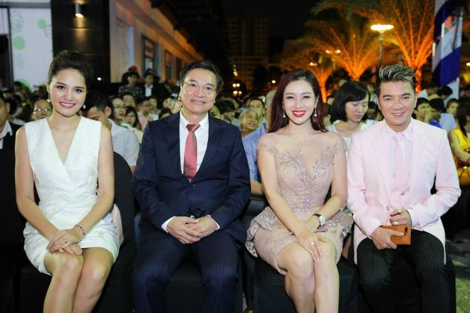 Huong Giang va Thu Huong so net dep nen na tai su kien hinh anh 7
