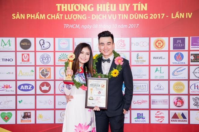 New Smile nhan giai Thuong hieu uy tin chat luong nam 2017 hinh anh 2