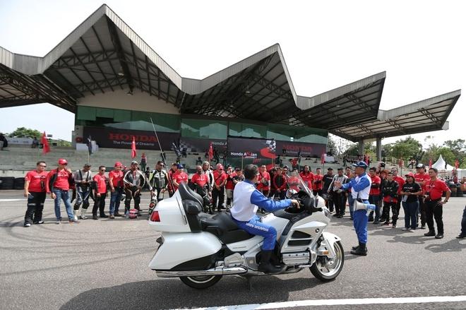 Honda Viet Nam tham gia hanh trinh 'Honda Asian Journey 2017' hinh anh 1