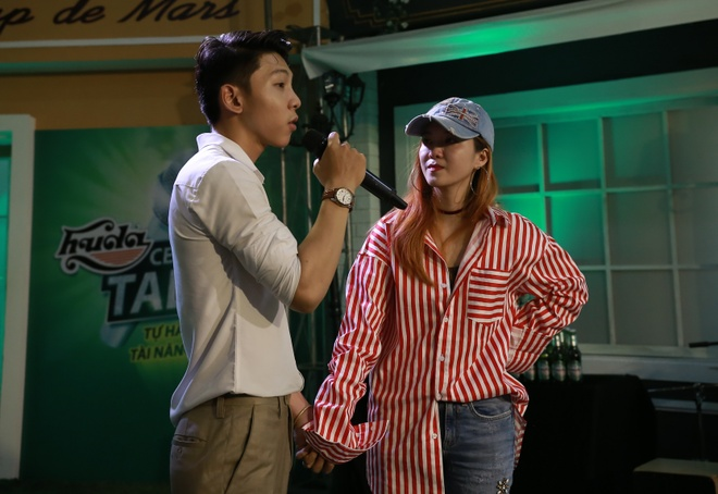 Huda Central's Got Talent: Thua Truc Nhan, Dinh Huong de hoc tro ra ve hinh anh