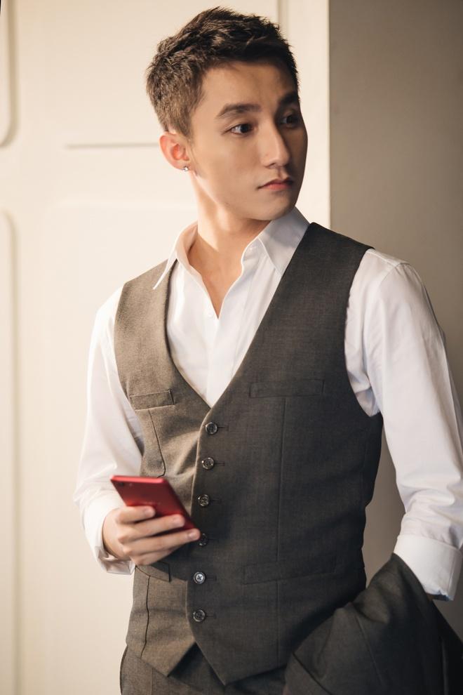 Son Tung chuan 'soai ca lich lam' trong clip moi hinh anh 3