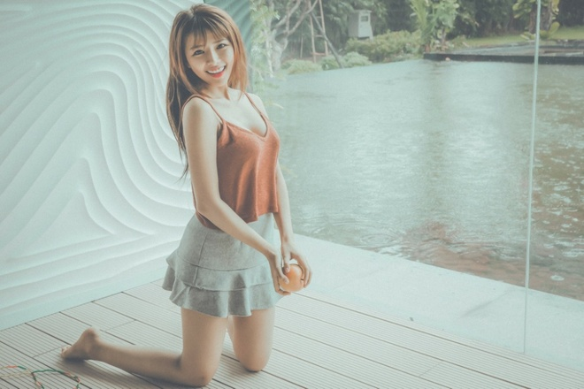 Thoi trang da phong cach cua ban gai Phan Manh Quynh hinh anh 5