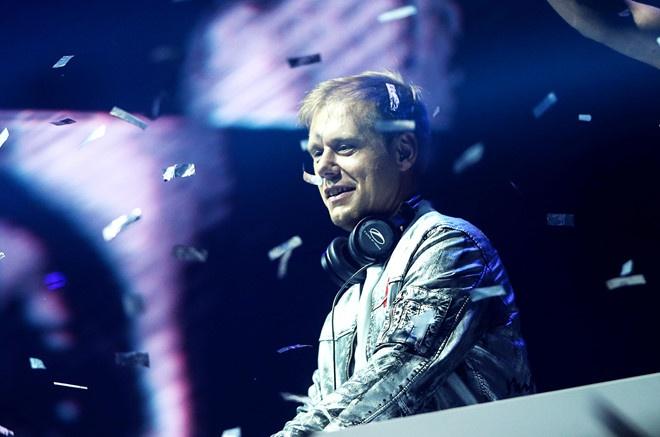 Huyen thoai nhac trance Armin den Viet Nam dau tien trong tour chau A hinh anh 1