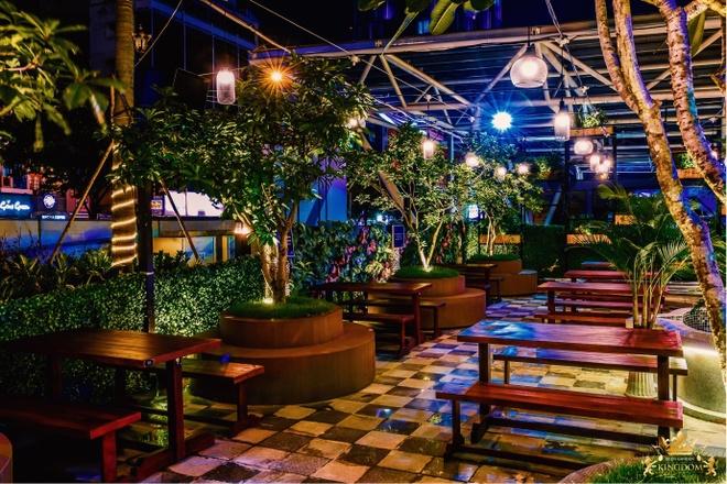 Kingdom Beer Garden anh 1