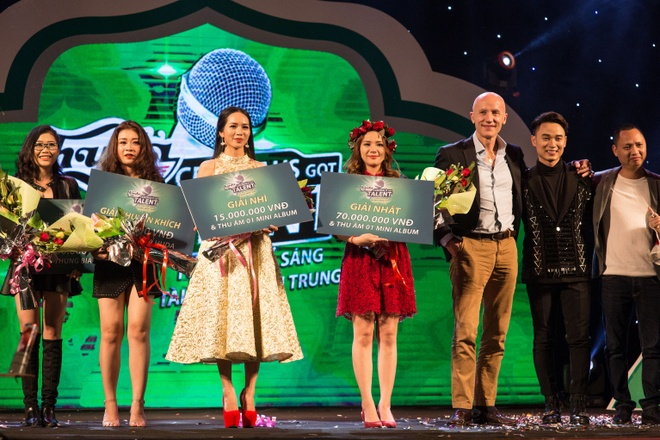 Hot girl doi Truc Nhan gianh quan quan Huda Central's Got Talent 2017 hinh anh 5