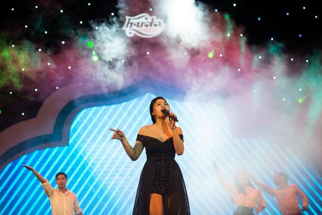 Hot girl doi Truc Nhan gianh quan quan Huda Central's Got Talent 2017 hinh anh 9