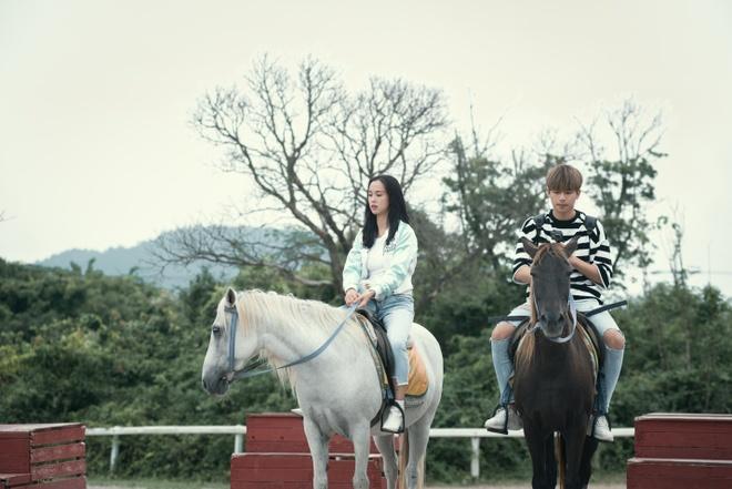 Kham pha tour du lich tinh yeu tai Jeju cung 4 hot teen Viet hinh anh 2