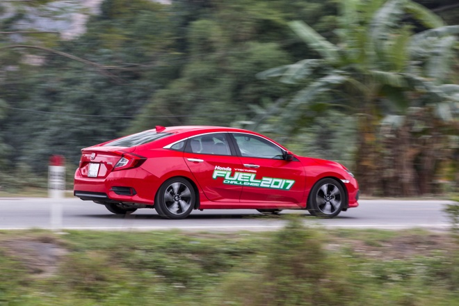 Honda Civic tieu hao nhien lieu trung binh 4,5 lit/100 km hinh anh