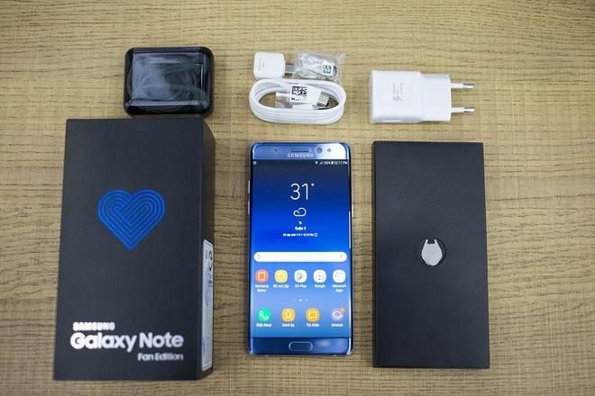 Samsung Galaxy Note FE giam hon 2 trieu dong dip Noel hinh anh 1