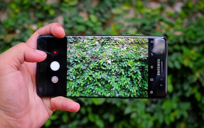 Samsung Galaxy Note FE giam hon 2 trieu dong dip Noel hinh anh 2