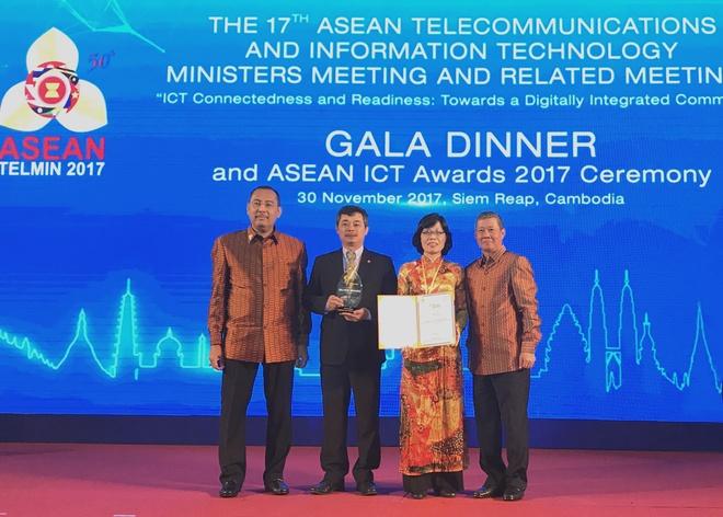 Ung dung thanh toan cua BIDV dat giai bac tai ASEAN ICT Awards 2017 hinh anh 1