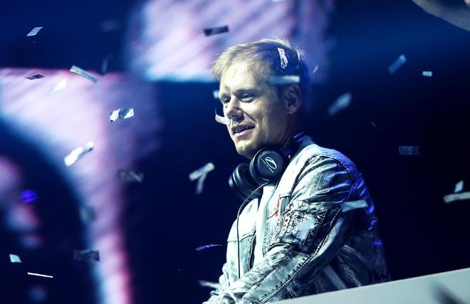 Armin Van Buuren by VinaPhone anh 1