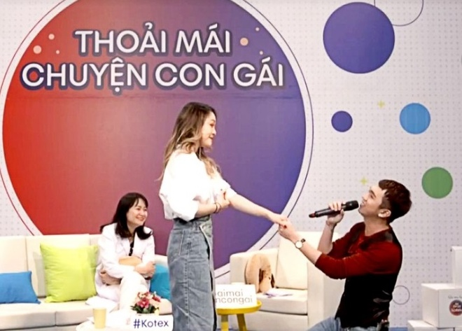 Nhieu thac mac 'chuyen ban gai' duoc giai dap tai livestream cua Kotex hinh anh