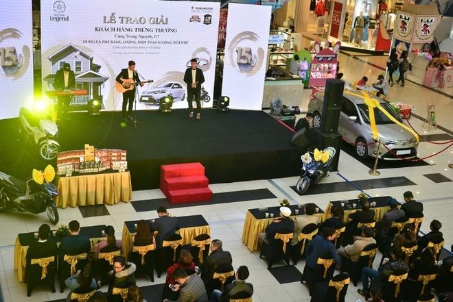 Trung Nguyen tang xe hoi Toyota Vios cho khach hang may man hinh anh 4