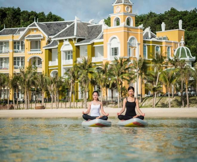 JW Marriott Phu Quoc Emerald Bay hut khach mua du lich cuoi nam hinh anh 9
