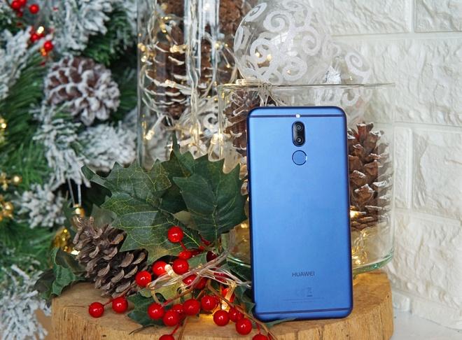 Dap hop Huawei nova 2i phien ban mau xanh hinh anh 3