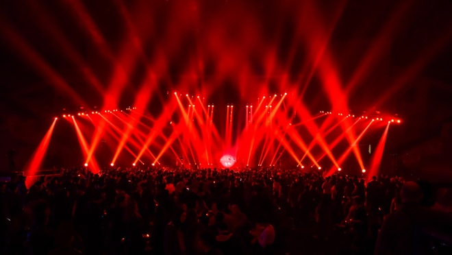Tiec Giang sinh 'The Arena First Christmas' dam chat trance hinh anh 5