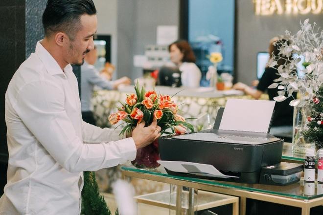 Bi quyet tao nen mau hoa dep cua CEO 38 Degree Flowers hinh anh