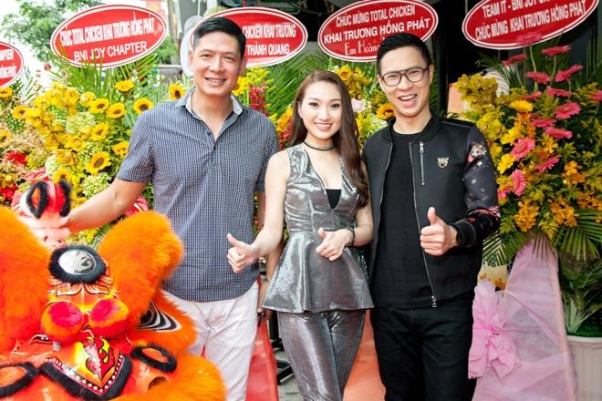 Cao My Kim bat tay doanh nghiep Han ra mat thuong hieu Total Chicken hinh anh 3