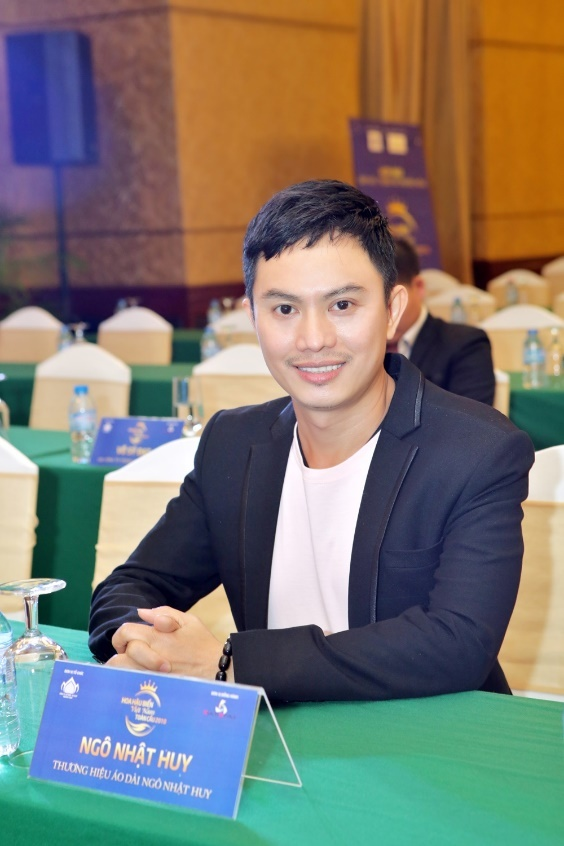Thuong hieu ao dai Ngo Nhat Huy tai tro cuoc thi Hoa hau Bien toan cau hinh anh 2