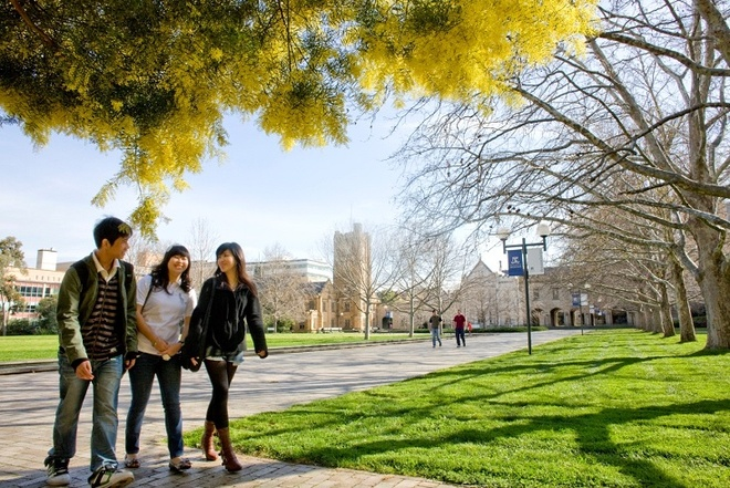 Ngay hoi ghi danh vao DH Melbourne va Trinity College hinh anh 1