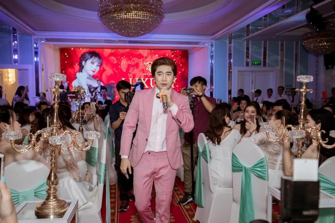 Chi Dan dien trai du 'Luxury Party – Da tiec tri an' hinh anh 2