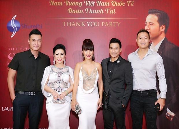 Dan sao Viet chuc mung Doan Thanh Tai len ngoi Nam vuong hinh anh 5