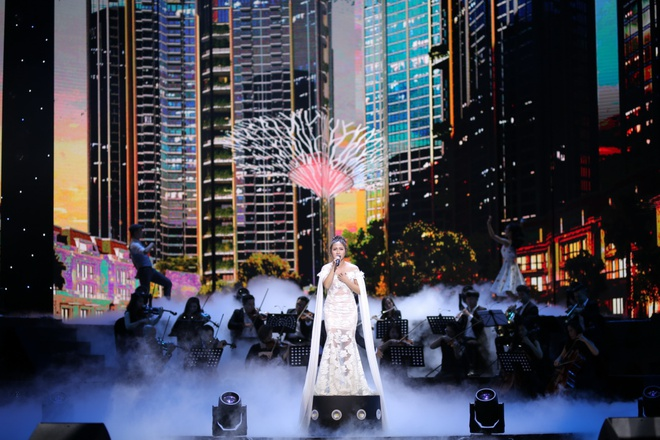 Le Quyen, Tuan Hung hoi ngo trong dem nhac 'Sunshine Concert 2018' hinh anh 4