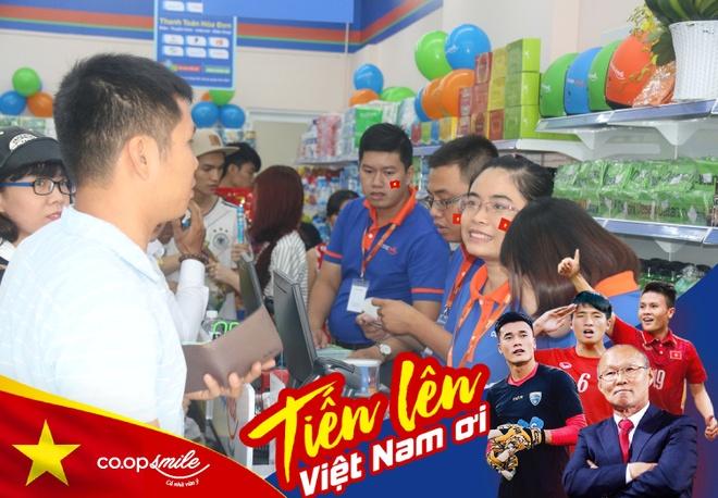 Co.opmart giam gia manh 2.300 san pham co vu chung ket U23 Viet Nam hinh anh 2