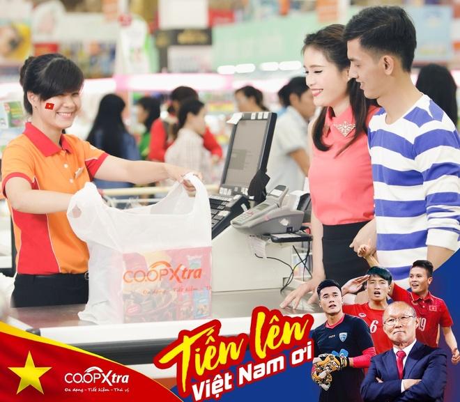 Co.opmart giam gia manh 2.300 san pham co vu chung ket U23 Viet Nam hinh anh 1